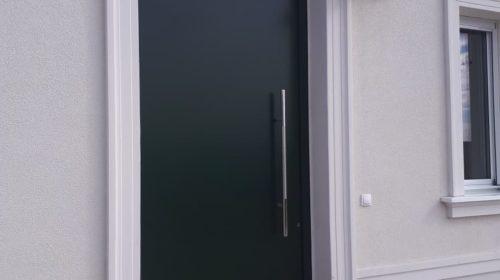 Kucna ulazna vrata
